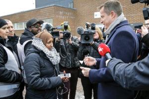 Sveriges inrikesminister på besök i Malmö: Vi alla måste ta ansvar mot den organiserade brottsligheten