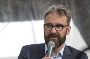 Politisk majoritet återupplivar planerna på en bro över Kattegatt – men bara för bilar