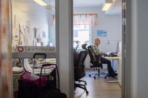 Lärarnas arbetstid fortfarande olöst i Danmark – helt annan fråga styr svenska avtalsrörelsen